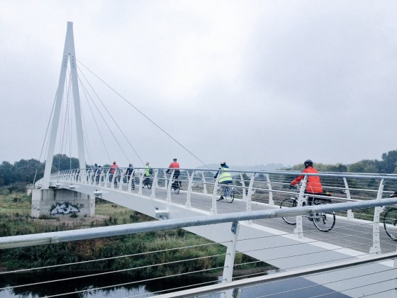 Cycling architecture tour