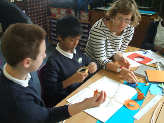 architect helps school pupils