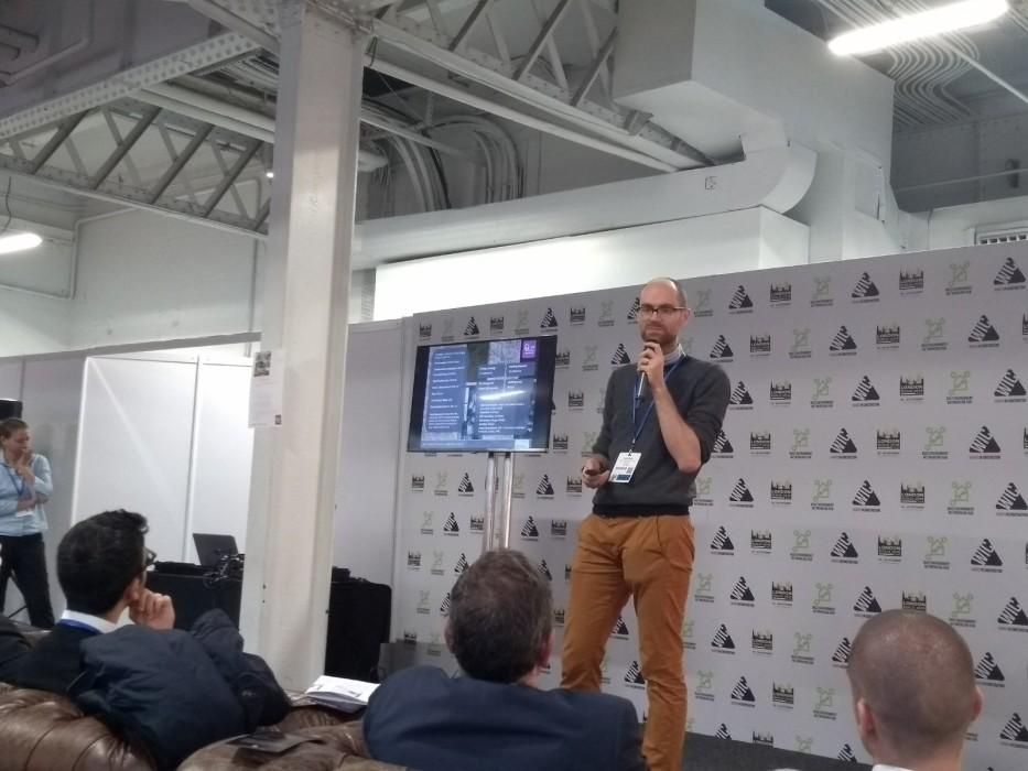 Associate Gareth Selby presents the Enterprise Centre